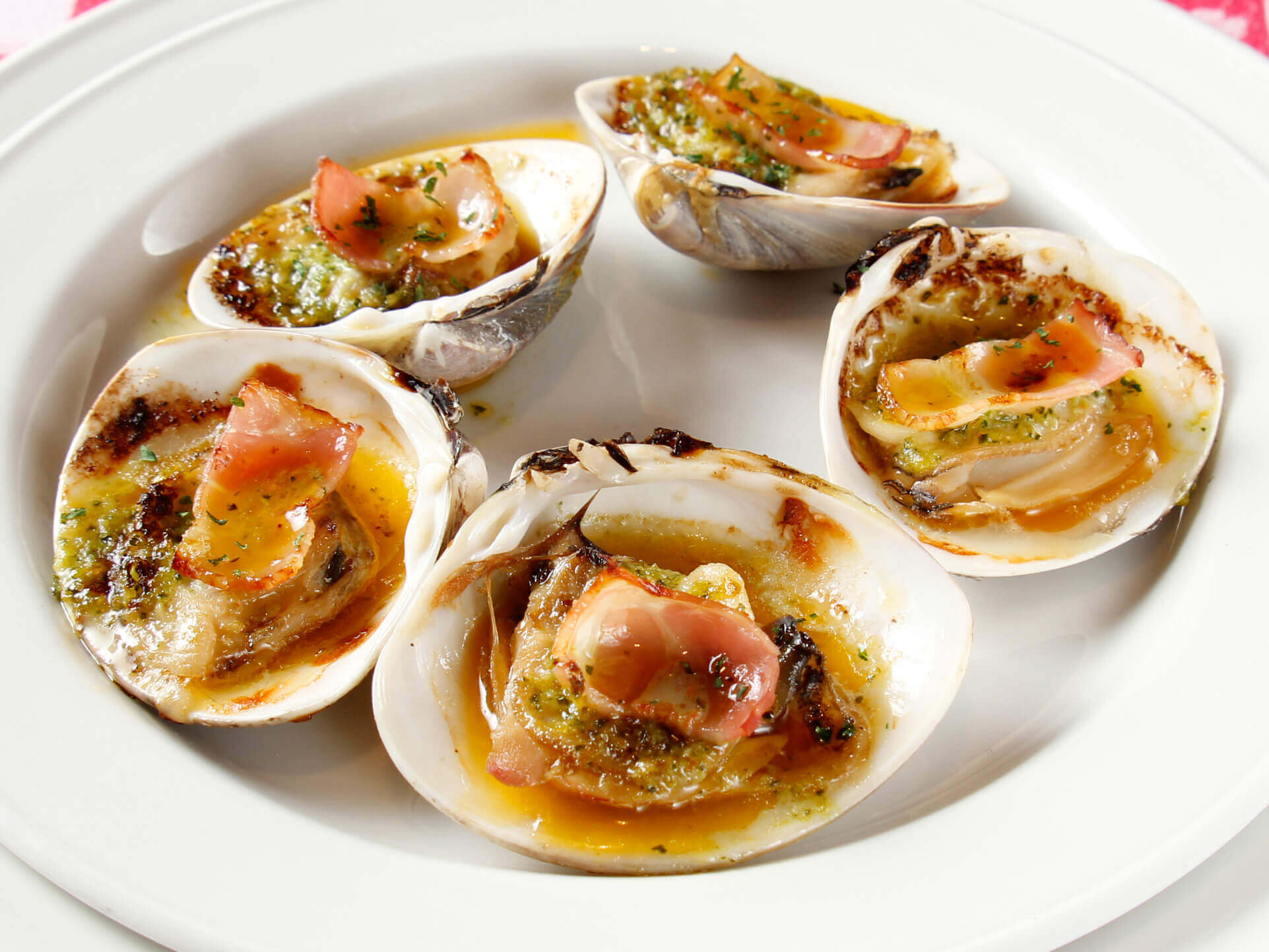 Hamaguri Clams Casino
